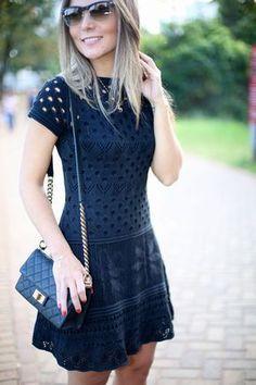 Look do Dia – Pretinho Básico Infalível Cute Dresses, Casual Dresses, Short Sleeve Dresses, Knit Dress, Dress Skirt, Vestido Casual, Crochet Fashion, Feminine Style, Crochet Clothes