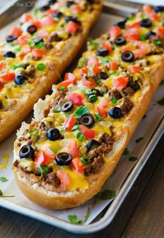 This French bread pizza comes together in less than 30 minutes and is totally customizable. Leave 'em out! Use extra!Get the recipe: Taco French Bread Pizza Crock Pot Recipes, Beef Recipes, Mexican Food Recipes, Cooking Recipes, Budget Cooking, Vegetarian Cooking, Cooking Blogs, Recipies, Dessert Recipes