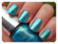 LE Nagellack: Catrice Haute Future C02 Never Green Before | Nagellack-Junkie