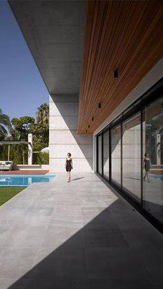 Ramat Hasharon House 6-05