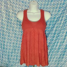 Free People Knit Baby Doll Tank In great condition! Stretchy, comfortable material. Will fit small-medium. Free People Tops Tank Tops