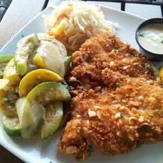 Macadamia nut crusted Grouper served with vanilla rum sauce. Recipe by Salty's Island Bay & Grille. Rum Tasting, Vanilla Rum, Kid Friendly Dinner, Fish And Seafood, Healthy Recipes, Healthy Meals, Tasty, Favorite Recipes, Dishes