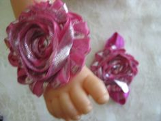 Barefoot sandals for your toddler. Rose elastic with by RNNan13, $4.00 Baby Items For Sale, Bare Foot Sandals, Barefoot, Trending Outfits, Unique Jewelry, Handmade Gifts, Rose, Accessories, Kid Craft Gifts