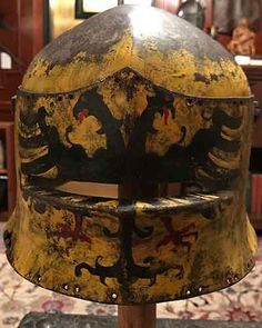 Found this at an auction site The Doppeladler on a yellow gold background is an Imperial symbol but use of it was granted to a number of free imperial cities and a variet. Medieval Knight, Medieval Armor, Medieval Fantasy, 16th Century Fashion, 15th Century, History Of Steel, Imperial Symbol, Armor For Sale, Larp