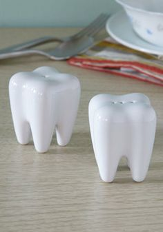 Miniature tooth sculpture. #dentistry | Toothy oddities ...