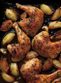 Ricardo& recipe : Roasted Chicken Legs with Onions - Food, Fun, Friends - Onion Recipes, Best Chicken Recipes, Meat Recipes, Cooking Recipes, Healthy Recipes, Recipe Chicken, Shrimp Recipes, Roast Chicken Thigh Recipes, Pizza Recipes