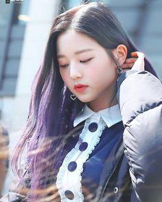 (Credits to the real owner/s) Beautiful Young Lady, Beautiful Asian Girls, Guys And Girls, Cute Girls, Kpop Girls, Jang Wooyoung, Yu Jin, Japanese Girl Group, Cute Girl Photo