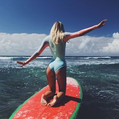 Surf School in Sri Lanka. Surfing in Weligama. The best place learning to surf in Sri Lanka. Ocean adventure and exoticism. Summer Vibes, Surf Mar, Wind Surf, Swimsuits, Bikinis, Swimwear, Sup Yoga, Pull & Bear, Surf Girls