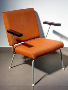 Design Vintage Wim Rietveld No.9 Gispen Stoel bij Barbmama