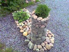 Jotakin kivikori kyhäelmäää........