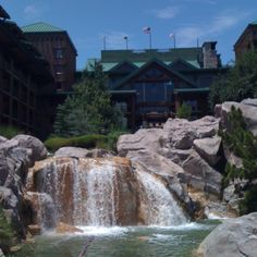 Wilderness Lodge at WDW - our favorite place to stay in Florida!