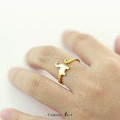 This long-necked dinosaur ring. | 23 Ridiculously Cute Rings That Are Under $25