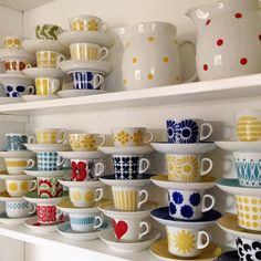 finnish, retro, and cup image Shelfie, Mug Cup, Hygge, Scandinavian Design, Home Organization, Old Houses, Childhood Memories, Pottery, Plates