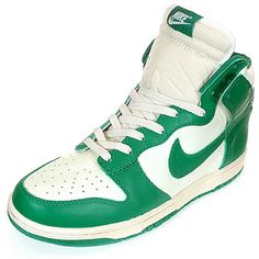 Nike Dunks High Tops in Green and white
