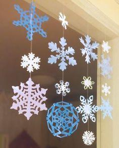 눈꽃송이(눈결정체) 만들어 겨울 소품으로 활용하기 (도안 포함) :: 너랑 나랑 그리는 그림 by Enid & Cherryyang Christmas Decorations For Kids, Tree Decorations, Christmas Crafts, Diy And Crafts, Arts And Crafts, Paper Crafts, Winter Solstice, Yule, Art For Kids