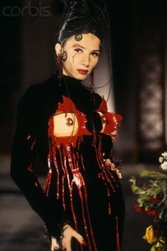 1993 - Jean Paul Gaultier 'explosive bra' dress - Victoria Abril in 'Kika' A Pedro Almodovar movie Jean Paul Gaultier, Almodovar Films, Film Images, Crazy Outfits, Victoria Dress, Nude Photography, Costume Design, Style Icons, Wonder Woman