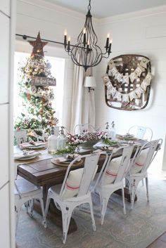 The Rustic Pig: Cottonstem Dining Room Farmhouse Christmas, Rustic Christmas, Holiday Decorating Ideas, Christmas Dining Room,