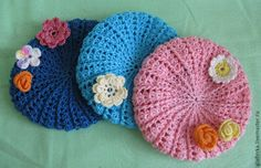 Hats Archives - Beautiful Crochet Patterns and Knitting Patterns Crochet Baby Bonnet, Crochet Beret, Crochet Clothes, Crochet Toys, Knitted Dolls, Knitted Hats, American Girl Crochet, Crochet Christmas Decorations, Doll Clothes Patterns