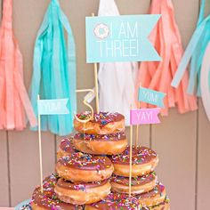 Top your donut tower off with these adorable flags! The set includes 6 flags - 2 small yum, 2 small yay, 1 large happy birthday, and 1 large age flag. Please include the age you would like on the flag