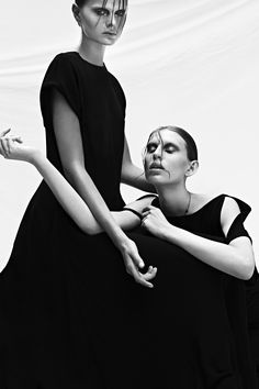 Amy Z and Isabell T by Michel Widenius for REVS Magazine