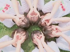Ulzzang Korean Girl, Cute Korean Girl, Cute Friend Pictures, Friend Photos, Friendship Photoshoot, Best Friend Poses, Bff Girls, Korean Best Friends, Girl Friendship