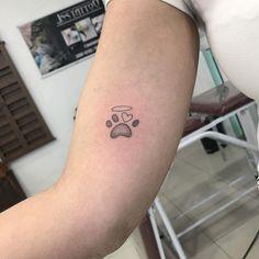 Hand Tattoos For Girls, Tattoos For Dog Lovers, Dog Tattoos, Body Art Tattoos, Tattoos For Women, Tatoos, Classy Tattoos, Subtle Tattoos, Simplistic Tattoos