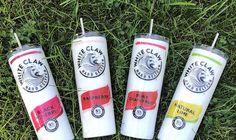Diy Tumblers, Custom Tumblers, Glitter Tumblers, Coffee Cup Crafts, White Trash Party, Custom Cups, Glitter Cups, Tumbler Designs, Tumbler Cups