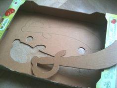 Fabriquer une épée de pirate en carton