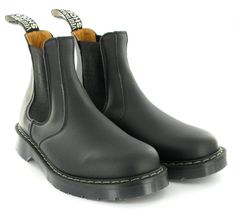 chelsea boot http://www.mooshoes.com/brands/vegetarian-shoes/chelsea-boot-with-an-airseal-sole.html