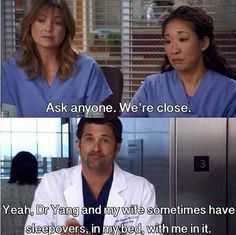 Greys Anatomy (Meredith Grey and Christina Yang) Meredith Grey, Meredith E Cristina, Meredith And Christina, Cristina Yang Quotes, Greys Anatomy Funny, Grey Anatomy Quotes, Grays Anatomy, Anatomy Humor, Greys Anatomy Derek Dies