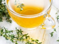 Thyme tea- Thyme infusion or herbal tea Source by Knottodayseitan - Natural Cold Remedies, Herbal Remedies, Herbal Cure, Health Benefits Of Thyme, Colon Irritable, Thyme Tea, La Constipation, Health Vitamins, Tea Recipes
