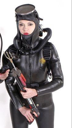 Diving Helmet, Diving Suit, Scuba Diving, Scuba Wetsuit, Crotch Boots, Scuba Girl, Girl In Water, Womens Wetsuit, Biker Girl