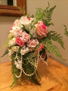 Bouquets, Floral Wreath, Wreaths, Table Decorations, Beautiful, Design, Home Decor, Homemade Home Decor, Bouquet