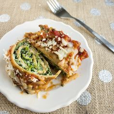 Skinny Lasagna Rolls: These are scrumptious and so easy! Instead of using frozen spinach, wilt fresh spinach in a few tablespoons chicken broth. (205 calories and 8 g. fat per roll)
