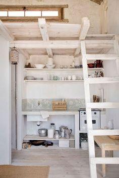 Dit huisje in de duinen van Cabo Polonio aan de Oostkust van Uruguay is piepklein maar is van alle gemakken voorzien.
