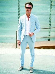 Suède #loafers and this #suit: got to have this combo!