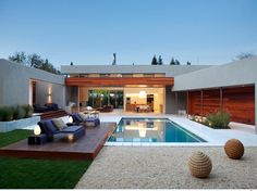 15 Beautiful Backyards with pools to inspire | Rilane - We Aspire to Inspire