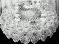 Round pineapple tablecloth crochet pattern.