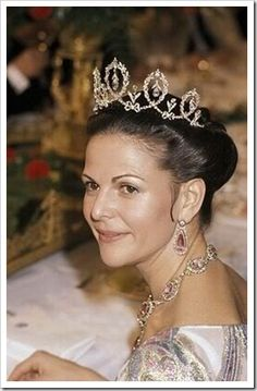 Famous Royal Tiaras, Queen Silvia of Sweden. I love this elegant, classic Tiara.