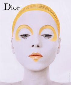 Mécène des Rencontres de la Photographie qui animeront Arles du 3 juillet au 24 septembre, Dior investit pour l'occasion la Galerie du Cloître avec une expo éphémère exaltant les plus belles couleurs de la maison.