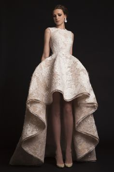 "Krikor Jabotian ""The Last İlkbahar"", İ/Y 2015 – Haute couture - Mode Stil Mullet Wedding Dresses, Mullet Dress, Popular Wedding Dresses, Formal Dresses For Weddings, Couture Wedding Gowns, Bridal Gowns, Gown Wedding, Wedding Reception, Hi Lo Wedding Dress"