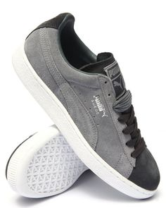 The Suede Classic Lo by Puma Puma Boots, Pumas Shoes, Sock Shoes, Men's Shoes, Shoe Boots, Puma Suede, Suede Pumas, Hip Hop Fashion, Mens Fashion