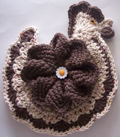 Crochet Chicken Potholder Decoration by Linda Weddle