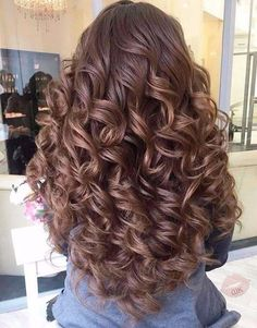 Want to wake up with curls but can't decide between spiral perm vs regular perm? We're telling you everything you need to know about spiral perm hairstyles! Quince Hairstyles, Wedding Hairstyles For Long Hair, Easy Hairstyles, Pretty Hairstyles, Hair Wedding, Prom Hairstyles For Long Hair Curly, Natural Hairstyles, Hairstyle Ideas, Long Curly Hair