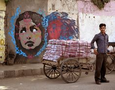 Colombian Street Artist STINKFISH recently visited India where he worked his magic through the streets of Delhi.