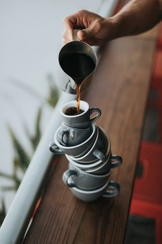 How To Buy An Espresso Coffee Stand Business - Coffee Shop Startups Starting A Coffee Shop, Opening A Coffee Shop, Coffee Photos, Coffee Pictures, What Is An Espresso, Barista, Coffee Shop Business Plan, Coffee Canister, Latte