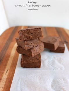 low-sugar-homemade-gut-friendly-chocolate-marshmallows-made-with-stevia-purelytwins