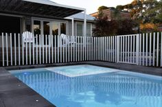 For our ease when swimming in a personal swimming pool, we require to include a fence. This can prevent unfamiliar people and wild pets from getting in. Here is a motivation for wooden pool fence ideas. Backyard Wedding Pool, Backyard Dog Area, Backyard Water Feature, Backyard Garden Design, Backyard Playground, Fire Pit Backyard, Pool Paving, Pool Fence, Backyard Fences
