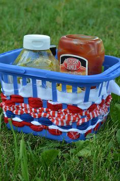 $1 Easy Red White and Blue Condiment Caddie