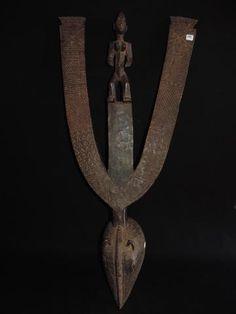 (TA035) - MOSSI - KARENGA - BURKINA FASO - Les masques Karenga comptent